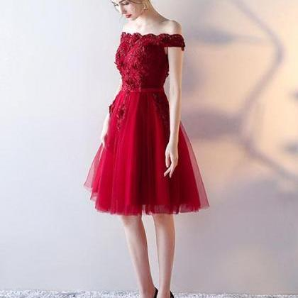 Red Cute Off-Shoulder Tulle Homecom..