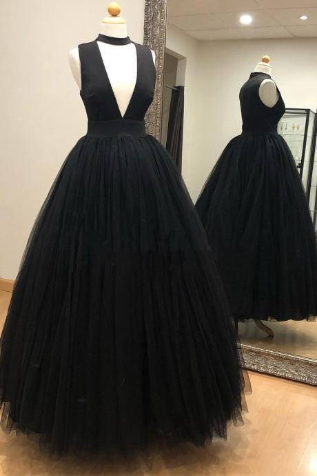 Gorgeous Deep V Neck Black Tulle Long Prom Dress Ball Gowns